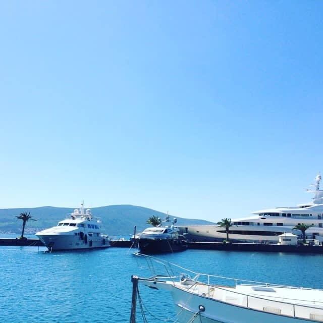 motor yacht delivery